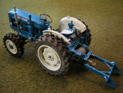 RJN Roadless 6/4 Winch Tractor model